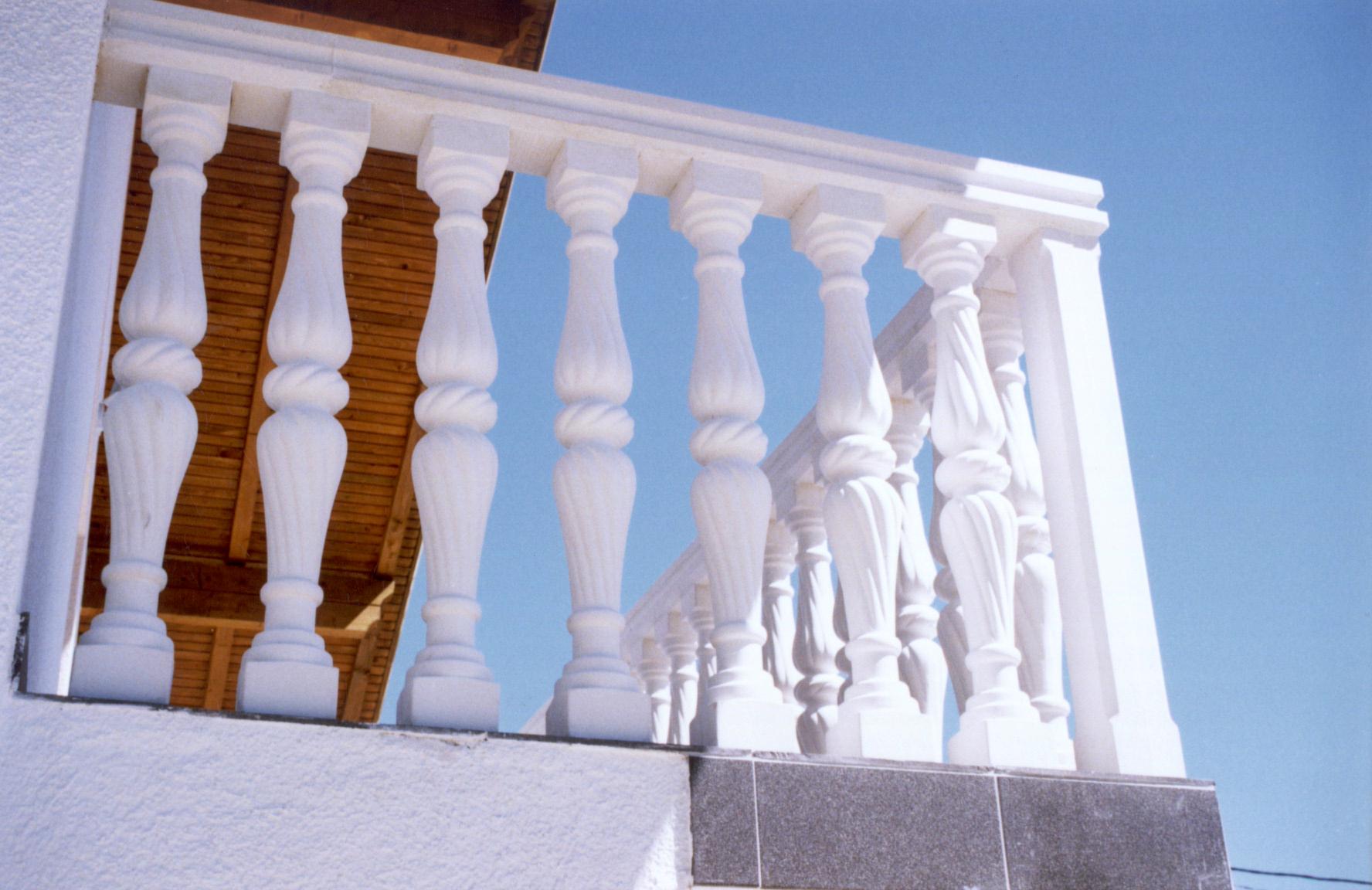 d u c formen balustraden balustraden aus beton. Black Bedroom Furniture Sets. Home Design Ideas